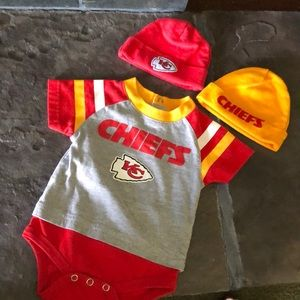0-3 Month Kansas City Chiefs NFL Onesie and Hats